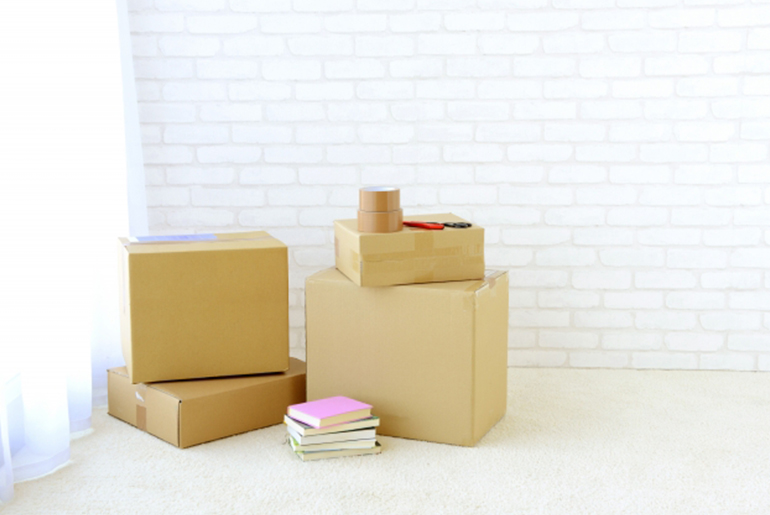 「初めてのシェアハウス生活!引っ越しでなにが必要?不必要?」のアイキャッチ画像