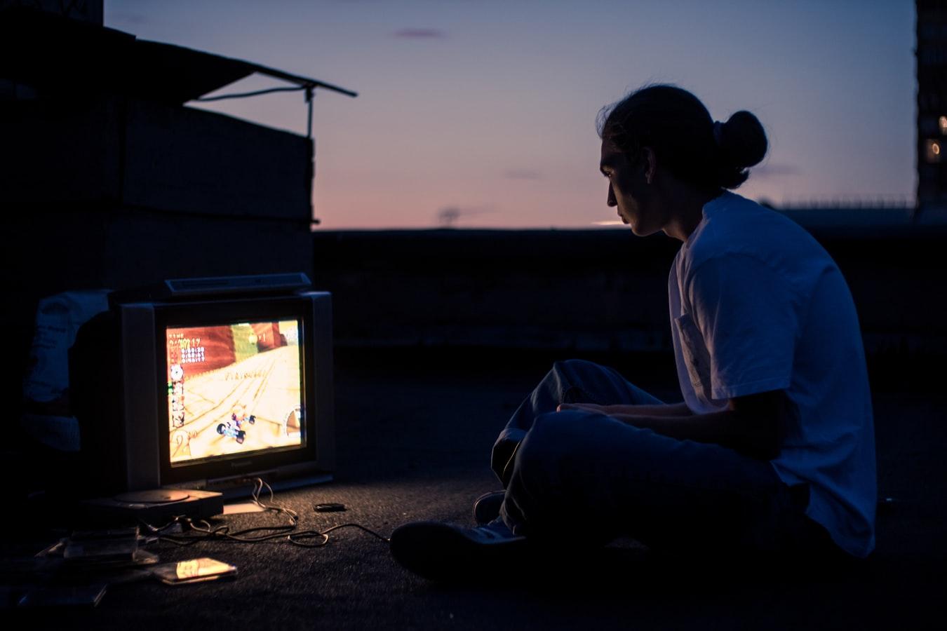 「ゲームで副業は可能?ゲームをしながら稼げる方法とは。」のアイキャッチ画像