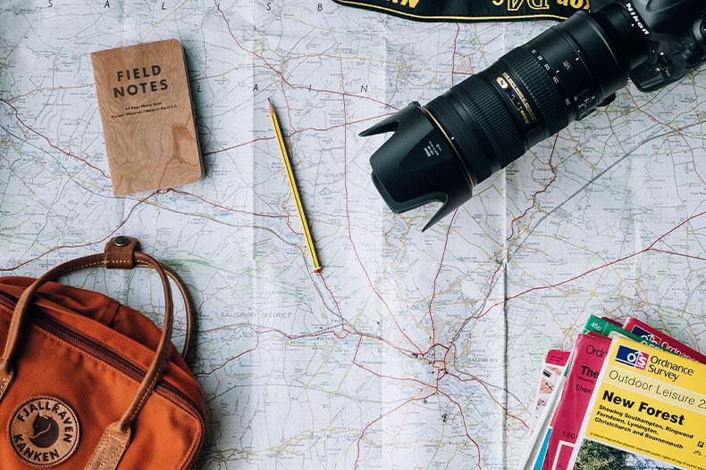 「みんな必ず一度は旅行に行くべき!旅行のメリットとは」のアイキャッチ画像