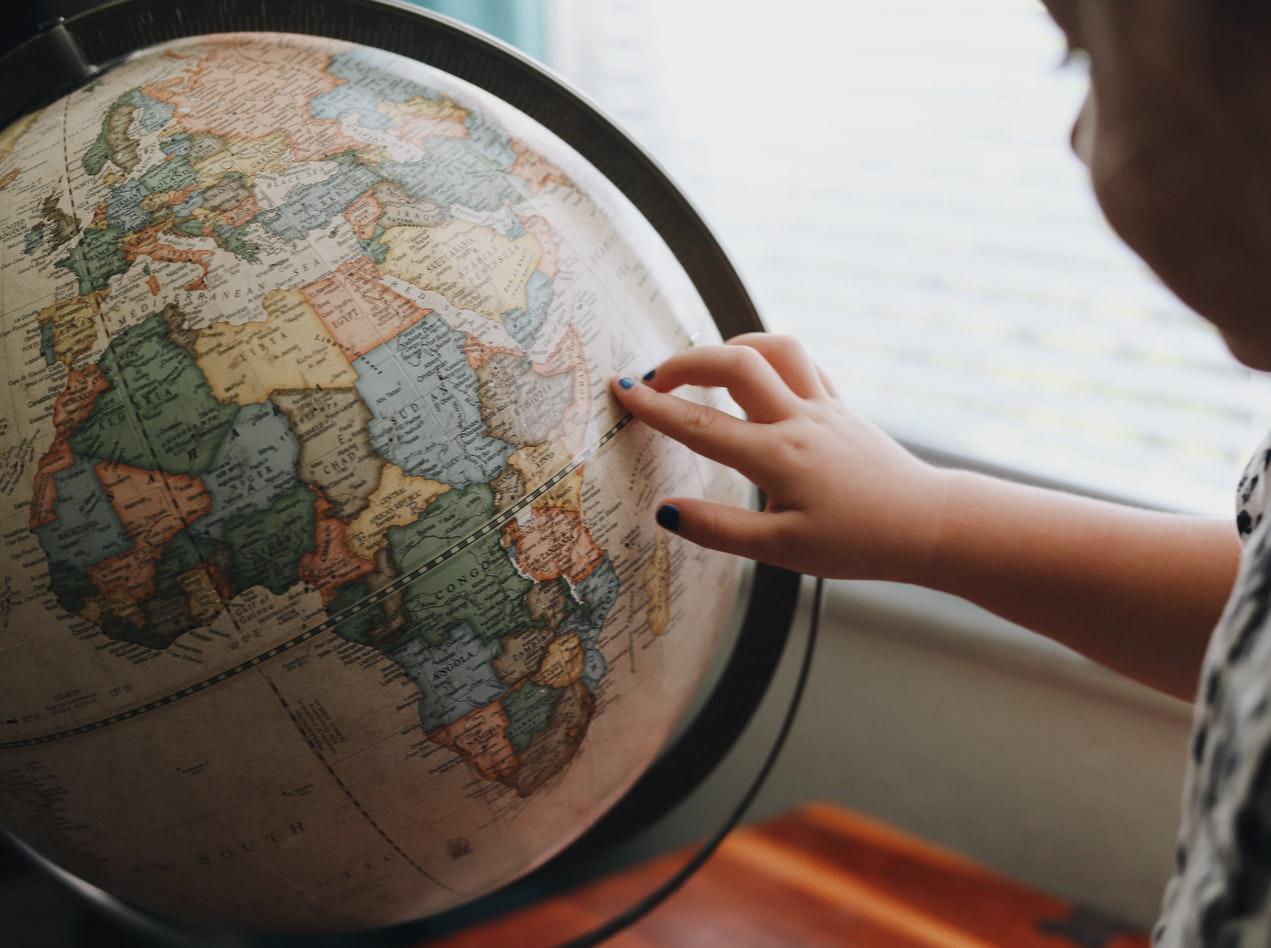「ワーホリに行ける国は何カ国?お気に入りの国を見つけよう」のアイキャッチ画像