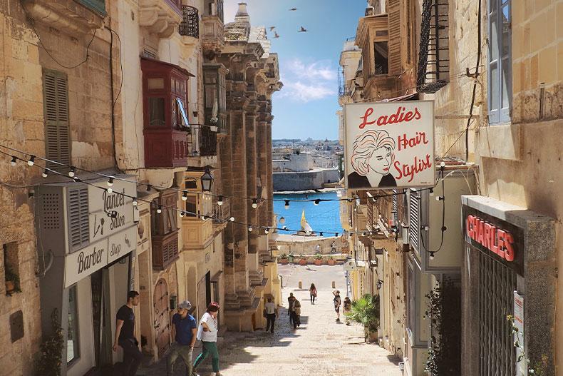 「留学行くならヨーロッパもあり!ヨーロッパの留学先おすすめ5選!」のアイキャッチ画像