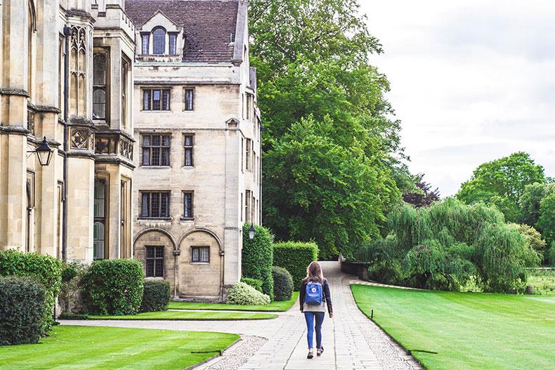 「【海外留学体験談】アメリカの大学院留学ってどんな感じ?」のアイキャッチ画像