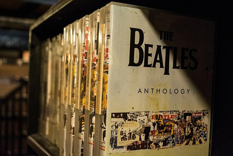 「【一石二鳥】ビートルズの名曲に浸って英語学習をしよう」のアイキャッチ画像