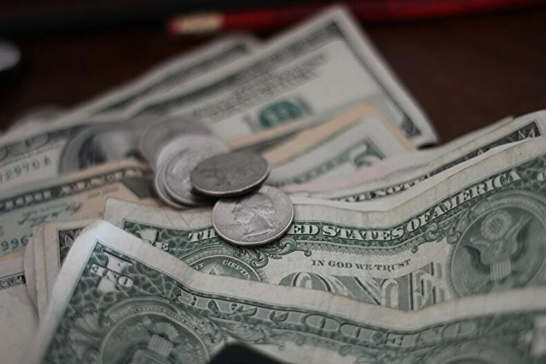 「【アメリカ大学院留学】気になるお金の話・学費から家賃まで大公開!」のアイキャッチ画像